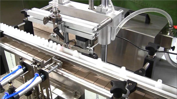 고속 자동 전자 액체 병 충전물 기계